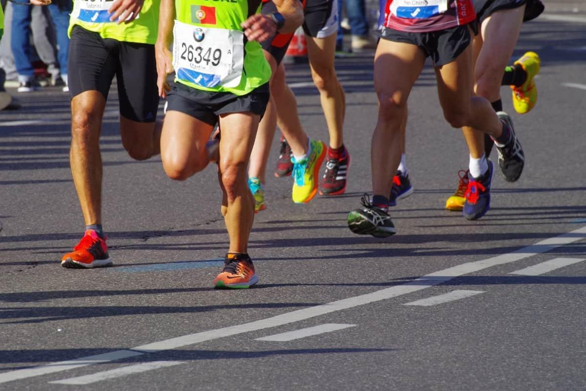 løpe halv maraton under 2 timer - løpetrening.no