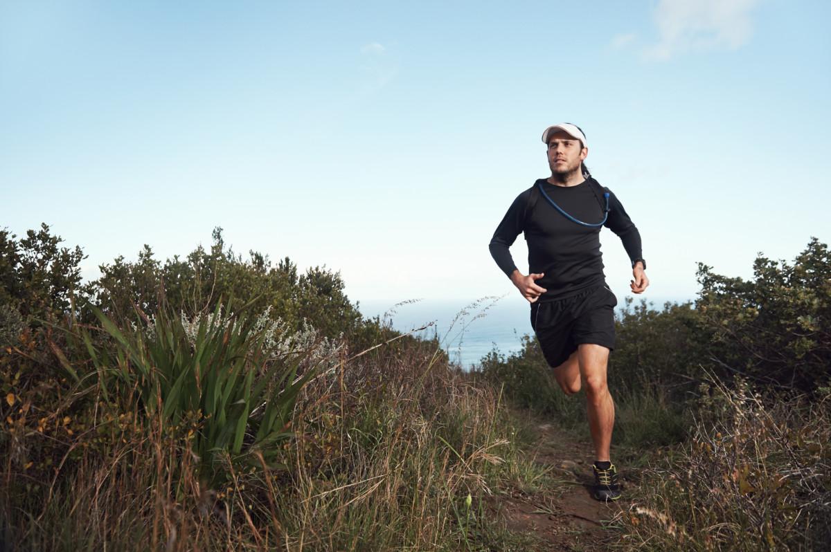 halvmaraton under 1 time og 25 minutter
