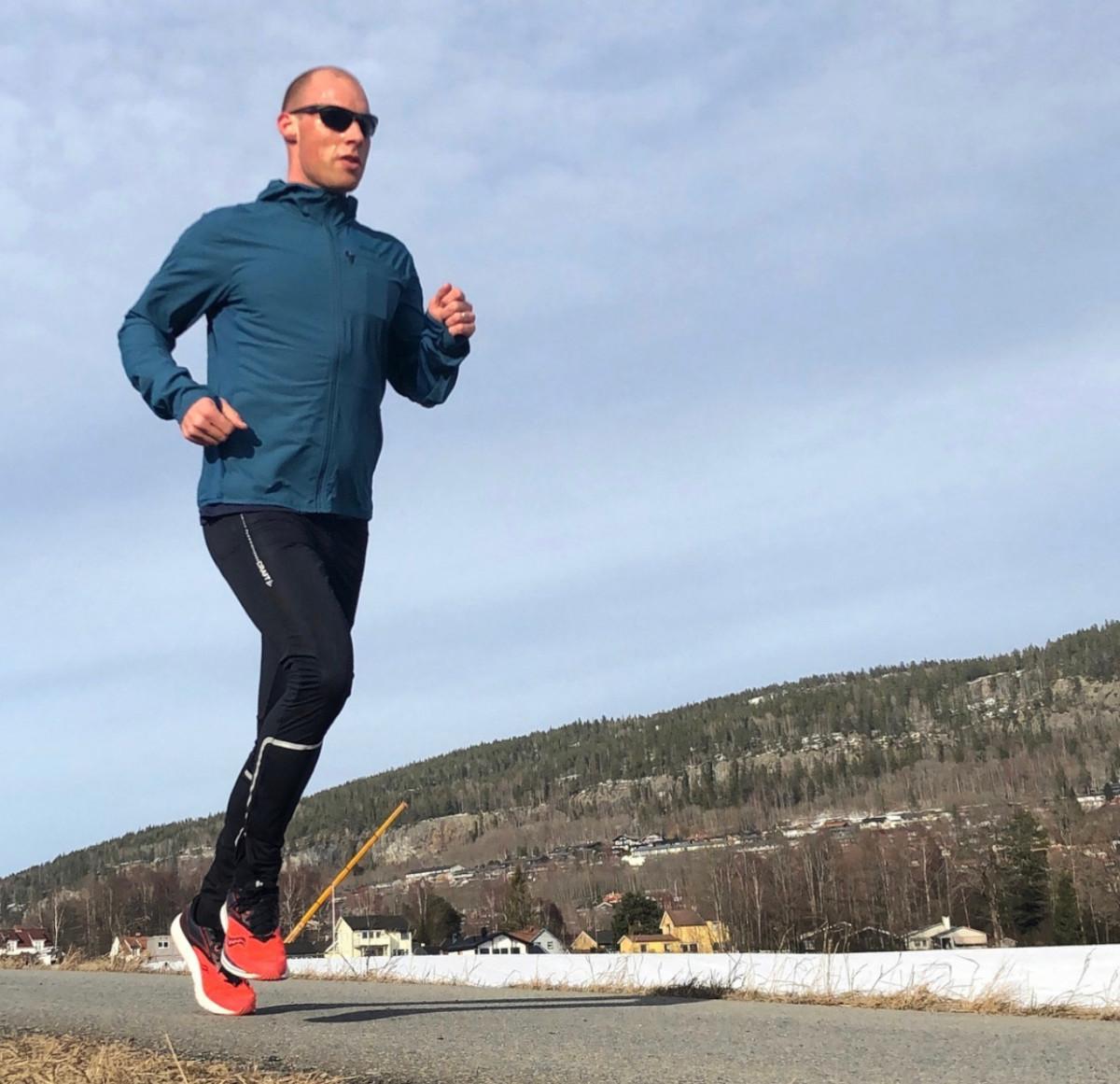 Anders deler sin favoritt blant flere løpsøkter; det er nok 6-8km rett over og rett under terskelfart. Koster en del, men følelsen etterpå er nydelig.